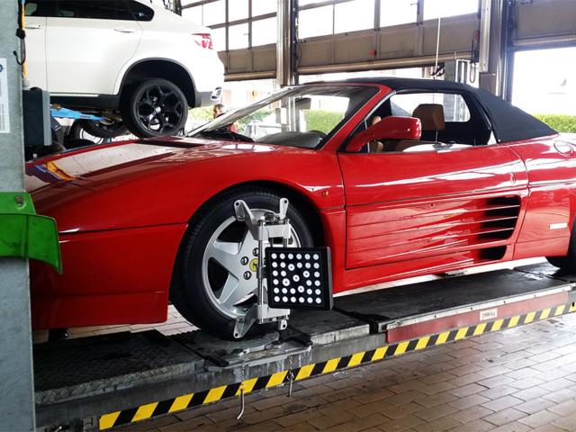 Achsvermessung Ferrari
